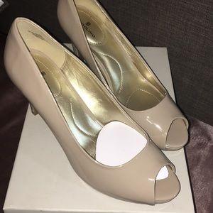 Shoes/ natural color